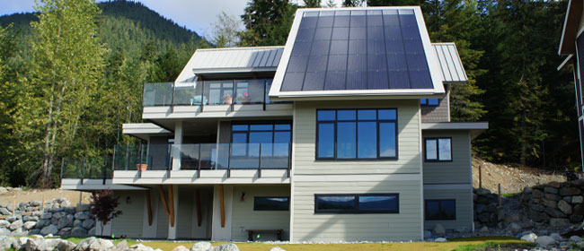 North Vancouver, BC: Eco-Friendly renovation