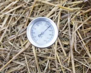 Heat sensor on compost