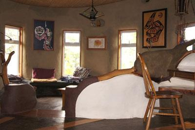 cob-home-living-room